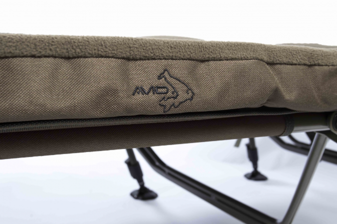 Avid Carp Benchmark X Bed Chair Xl