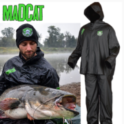 TRAJE IMPERMEABLE MAD CAT DISPOSABLE ECO SLIME SUIT